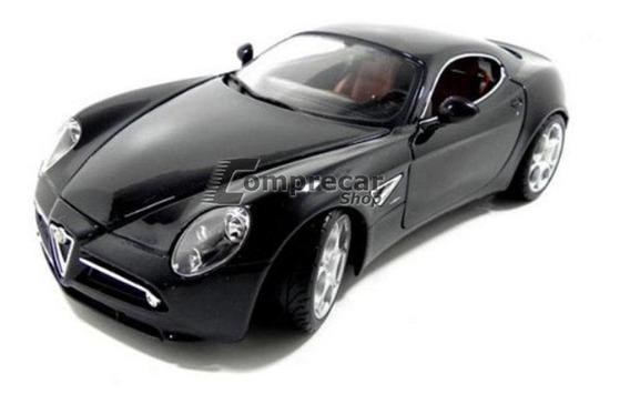 Miniatura Alfa Romeo 8c Competizione Preto Bburago 1/18