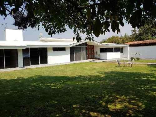 Casa En Venta En Fracc. Los Pinos Campestre