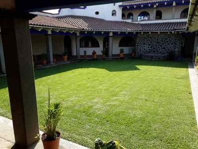 Casa Ideal Para Oficina En Renta En La Colonia Estrada, Cajigal, Cuernavaca, Morelos