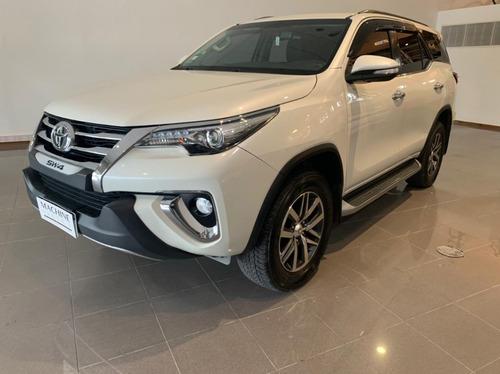 Toyota Hilux Sw4 Tdi Srx Aut L/16 2017