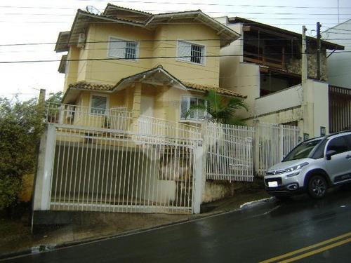 Casa Com 3 Dormitórios À Venda, 250 M² Por R$ 850.000,00 - Jardim Itália - Vinhedo/sp - Ca0724