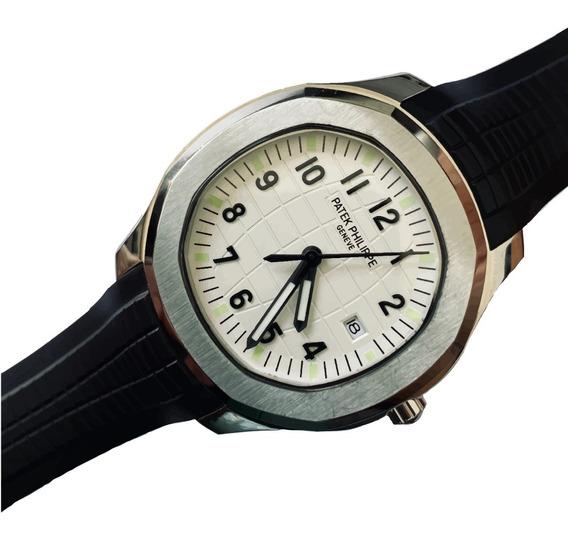 Reloj Patek Philippe Aquanaut Cara Blanca Automatico Zafiro