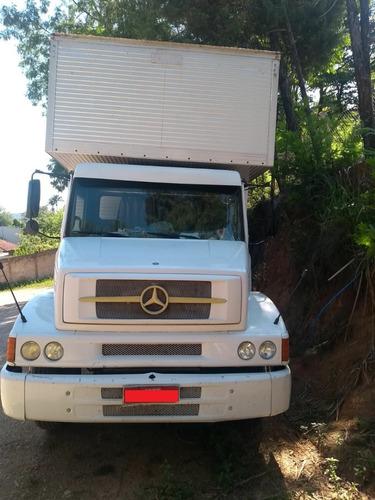 Mercedes Benz L1418r - Branco - 2001 - Truck Baú -