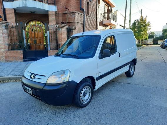 Peugeot Partner 1.6 Hdi Furgon Confort Permuto Financio
