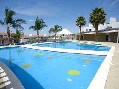 Renta Casa 3 Recamaras Sala Tv Residencial Bahamas Alberca