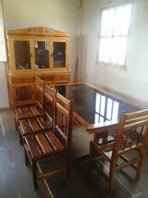 Mesa De Jacanrada, Seis Cadeiras Em Verniz,tampo De Vidro Co