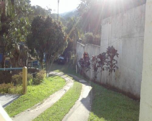 Imagem 1 de 15 de Chácara Em Botujuru  -  Mogi Das Cruzes - 2385