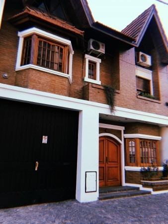Hermosa Casa De 3 Dormitorios Sobre Lote Propio 8.66 X 43.3