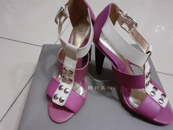 Zapatos Para Damas Tacon Alto De Cuero. Carrano. Brasil