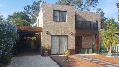 Espectacular Casa Con Piscina Y Jacuzzi En Punta Del Este