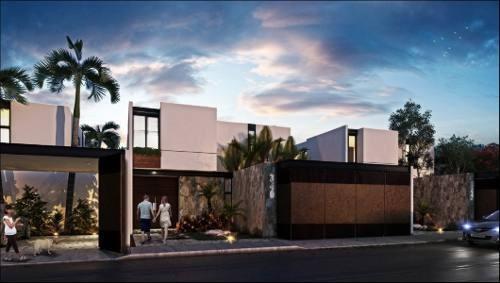 Hermosa Casa Ubicada En Sodzil Norte