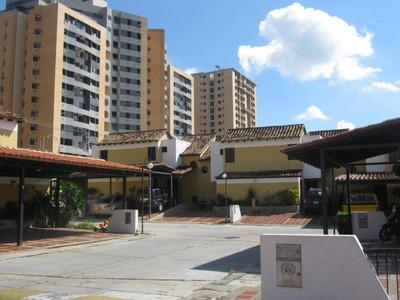 Townhouse En Venta El Tazajal Om 17-4568
