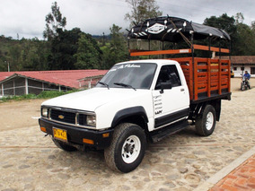 Chevrolet Luv 4x4 1600 - Estacas