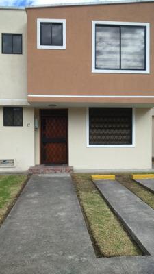 Casa De Arriendo Sector Conocoto Valle De Los Chillos