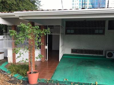 19-3216ml Casa En Alquiler Loma Alegre