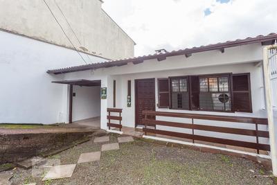 Casa Com 2 Dormitórios E 2 Garagens - Id: 892896366 - 196366