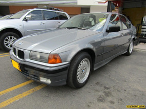 Bmw Serie 3 325i At 4p 2500cc 5 Psj