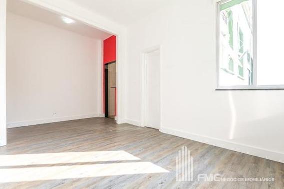 Apartamento Padrão Com 1 Quarto - Vd21012-v
