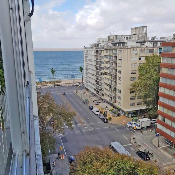 Penthouse Al Frente Sobre Boulevard España. Reciclado