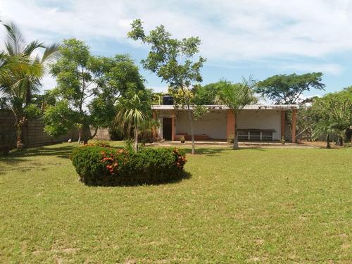 Imagen 1 de 21 de Venta De Terreno 1,224 M2 En Desembocada Puerto Vallarta.
