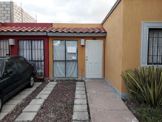 Bonita Casa En Condominio De Un Solo Nivel