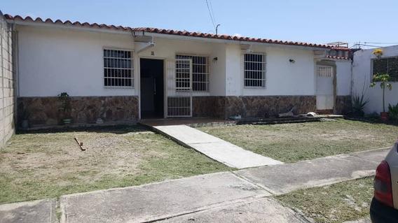 Casa En Los Cerritos. Foc-616