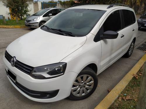 Volkswagen Suran Comfortline 5d 1.6n Mt / Nafta / 2014