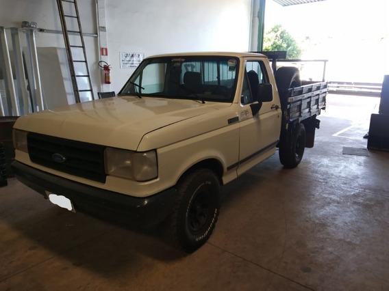 F 1000 Camioneta 02 Portas Carroceria De Madeira Cor Branca