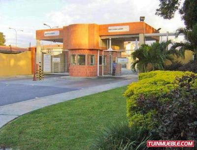 Townhouses En Venta 04128998524