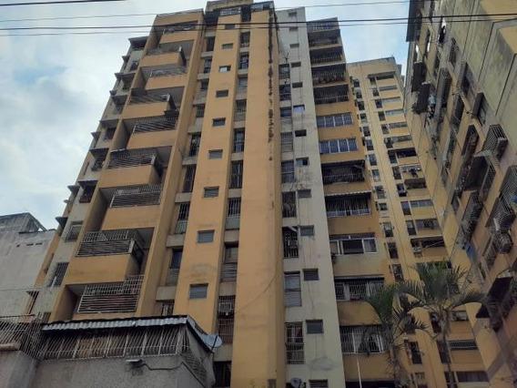 Apartamento En Venta 20-17546