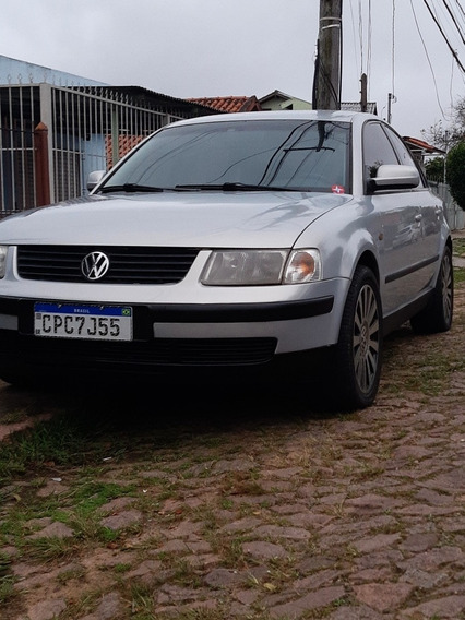 Volkswagen Passat 1.8 4p 1999