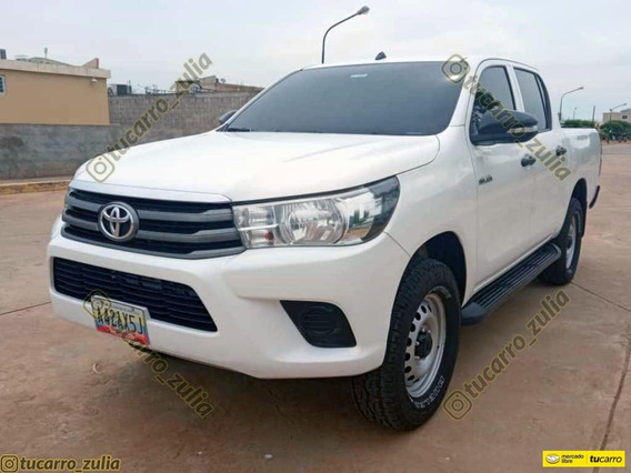 Toyota Hilux Sincronico 4x2