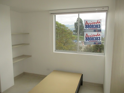 Apartamento En Arriendo Villa Carmenza 279-18276