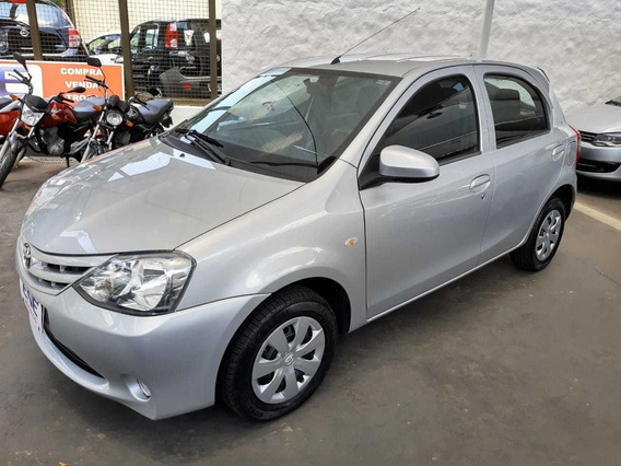 Etios Hatch 1.3 X 2016 Flex