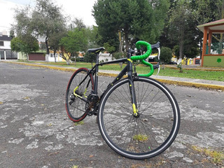 Bicicleta Mercurio Renzzo R700 14vel Amarilla Aluminio Ruta