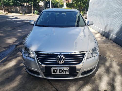 Volkswagen Passat 2.0t Fsi Luxury
