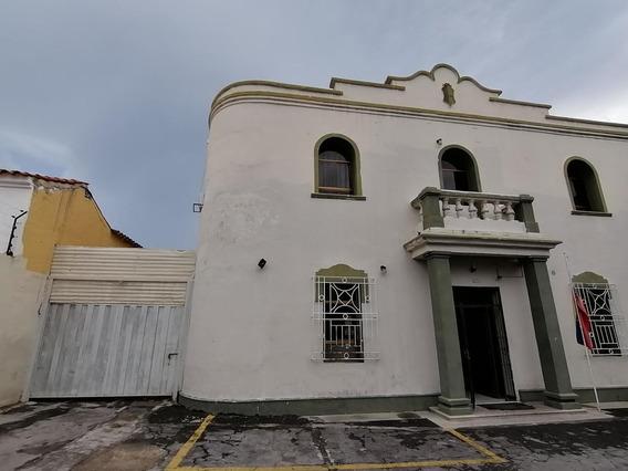 Casa Comercial En Venta Barquisimeto 19-16822 Rb