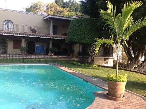 Casa En Privada En Las Palmas / Cuernavaca - Amr-259-cp