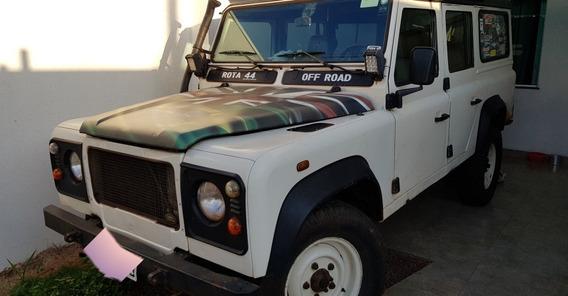 Land Rover Defender 110 9 Lugares