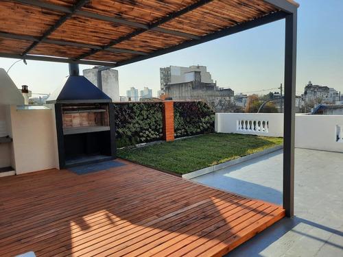 Imagen 1 de 18 de Ph, 4 Amb,151mtr2,patio,terraza Con Jardin,deck Y Parrilla.