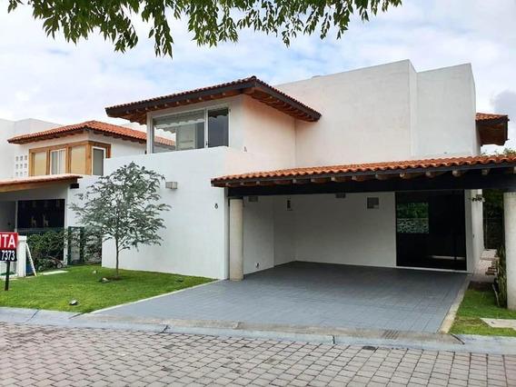 Hermosa Casa En Lomas Del Campanario Ii