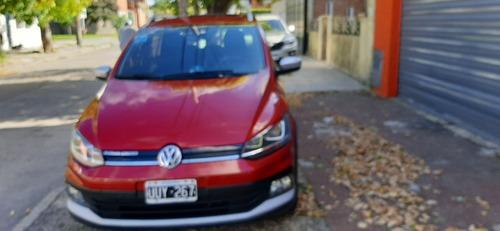 Volkswagen Suran Cross 1.6 Highline  2015