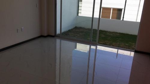Ev1352-9 Residencia Nueva En Venta. Lago Esmeralda.