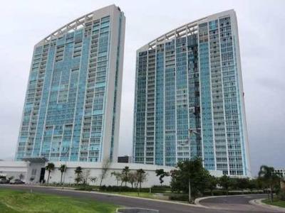 Renta De 2 Departamentos En Juriquilla Towers Ubicados En El Piso 9 Y 11 De 114m