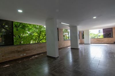 Oficinas En Arriendo Manila 494-3446