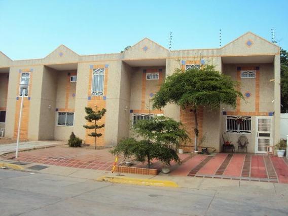 Casas En Venta Maracaibo Ana Karina Gonzalez Amparo V Grcia