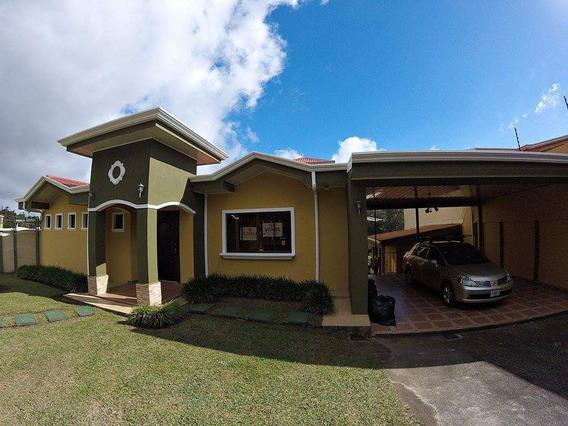 Vendo Casa En San Isidro Heredia, Santa Cecilia