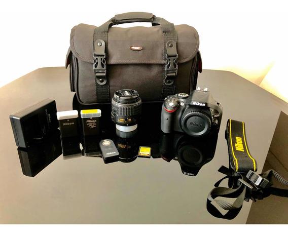 Câmera Nikon D5200 + Lente Nikkor 18-55mm