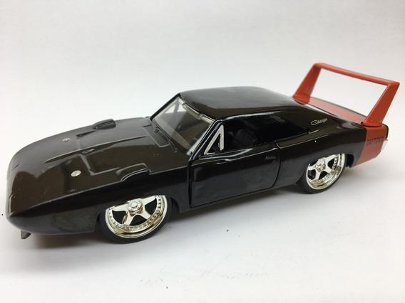 Miniatura Dodge Charger Daytona Preto