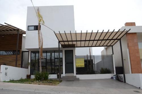 Casa Venta Fracc. Bosques Del Valle Iii 4,450,000